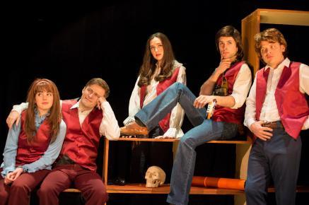 The Partridge Family (Danielle Sacks, Alex Goley, Christiana Little, Erik Keiser, Chuck Bradley) in THE BARDY BUNCH.